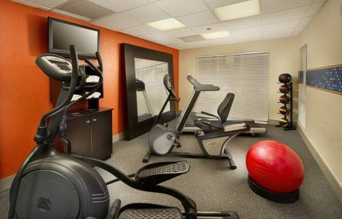 Hampton Inn Suites FtLauderdale Airport fitness
