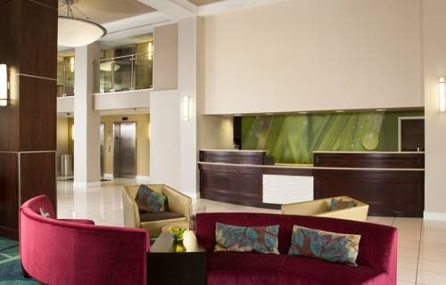 SpringHill Suites FtLauderdale Airport reception